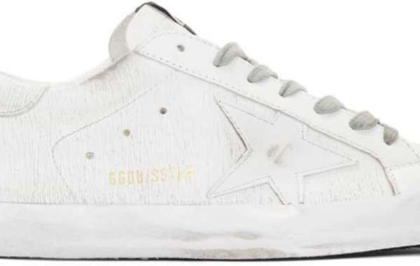 Golden Goose Shoes have